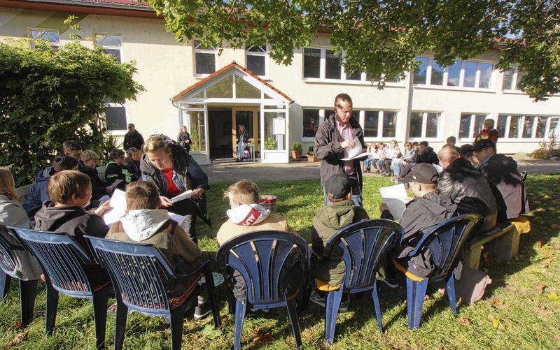 Read more about the article Malchiner Schüler befragen ihren Bürgermeister